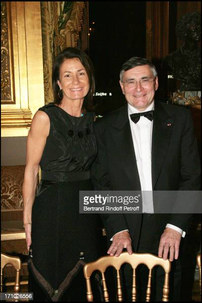 Mrs Thierry Breton and Jean Louis Beffa Gala for the 'Dan David' awards ceremony at the Garnier opera with the ballet by Roland Petit 'Proust Ou Les...