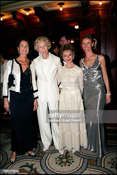 Mrs Thierry Breton Mrs Georges Pompidou Mrs Edmond JSafra Mrs Renaud Dutreil Arop gala at the Garnier opera with a ballet representation by John...