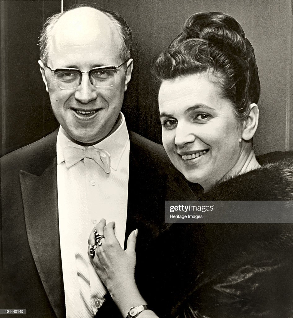<a gi-track='captionPersonalityLinkClicked' href=/galleries/search?phrase=Mstislav+Rostropovich&family=editorial&specificpeople=214711 ng-click='$event.stopPropagation()'>Mstislav Rostropovich</a> and <a gi-track='captionPersonalityLinkClicked' href=/galleries/search?phrase=Galina+Vishnevskaya&family=editorial&specificpeople=911029 ng-click='$event.stopPropagation()'>Galina Vishnevskaya</a>.