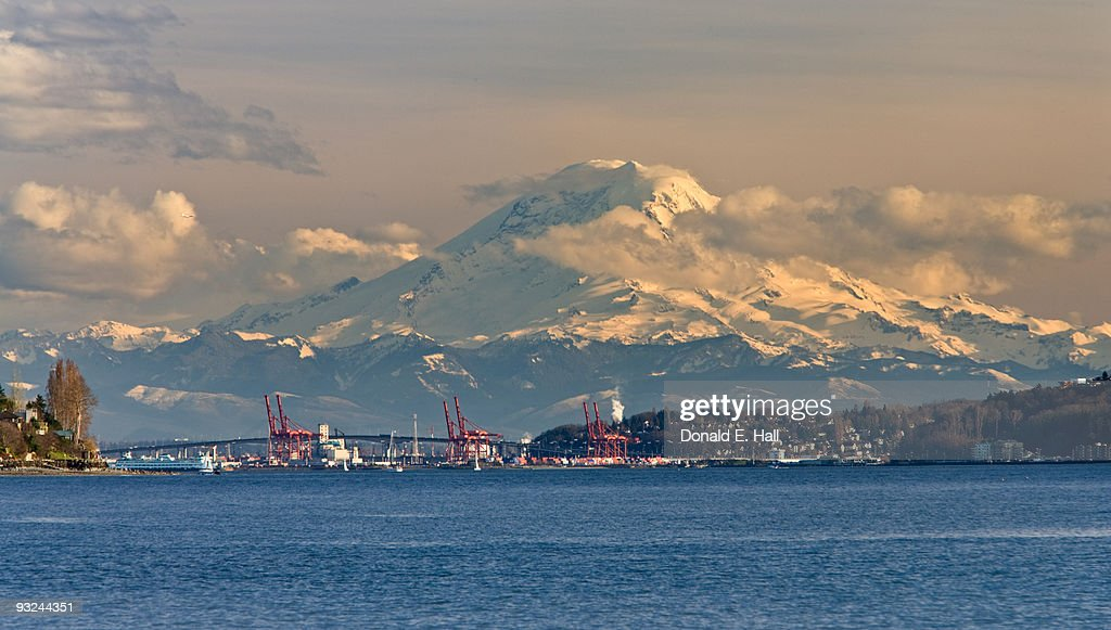 Mt. Rainier from Discovery Park
