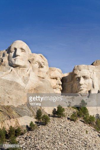 マウントラシュモア国立記念碑、大統領で彫刻を施したブラックの丘山
