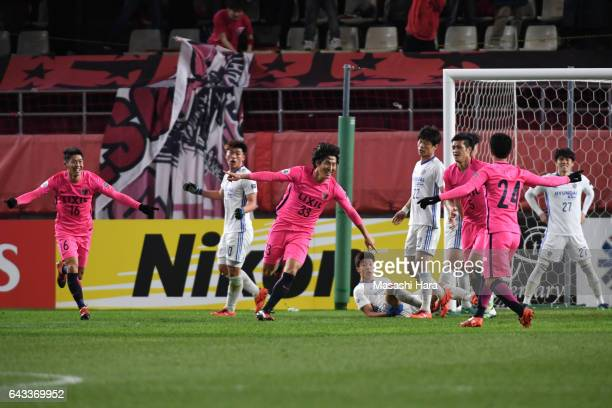 Mu Kanazaki of Kashima Antlers celebrates the first goal during the AFC Champions League Group E match between Kashima Antlers and Ulsan Hyndai at...