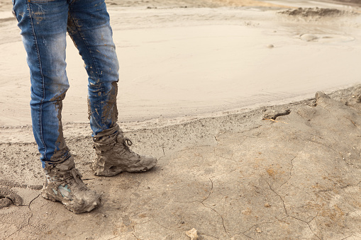 dating muddy boots
