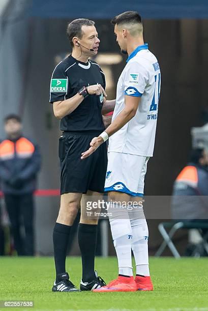 Muenchen Deutschland Bundesliga 10 Spieltag FC Bayern Muenchen TSG 1899 Hoffenheim Schiedsrichter Markus Schmidt Sandro Wagner