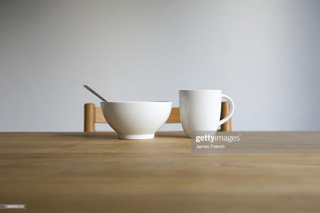 Mug and bowl : Stock Photo
