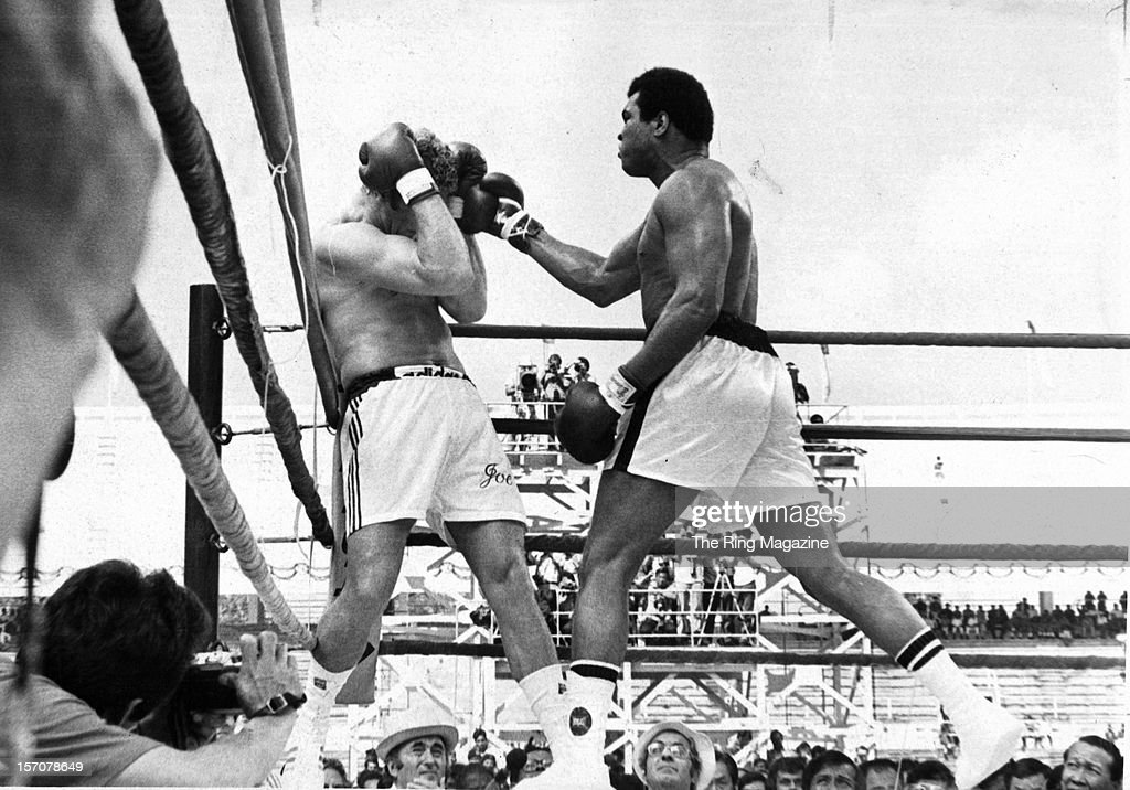 <a gi-track='captionPersonalityLinkClicked' href=/galleries/search?phrase=Muhammad+Ali+-+Boxer+-+Born+1942&family=editorial&specificpeople=93853 ng-click='$event.stopPropagation()'>Muhammad Ali</a> connects with a right punch against <a gi-track='captionPersonalityLinkClicked' href=/galleries/search?phrase=Joe+Bugner&family=editorial&specificpeople=239003 ng-click='$event.stopPropagation()'>Joe Bugner</a> during the fight at the Convention Center on February 14,1973 in Las Vegas, Nevada. <a gi-track='captionPersonalityLinkClicked' href=/galleries/search?phrase=Muhammad+Ali+-+Boxer+-+Born+1942&family=editorial&specificpeople=93853 ng-click='$event.stopPropagation()'>Muhammad Ali</a> won by a UD 12.