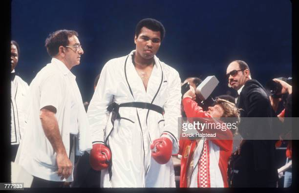 Muhammad Ali prepares to fight Leon Spinks September 15 1978 at the Superdome in New Orleans LA Ali fights this rematch bout with Spinks after he...