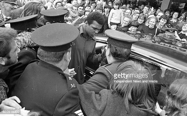 Muhammad Ali vs Al 'Blue' Lewis Fight Muhammad Ali at a press conference at Dublin Airport circa July 1972 772 479