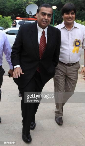 Mukesh D Ambani chairman of Reliance Industries Ltd arrives for the Ajay Mushran Memorial Lecture in New Delhi India on Sunday July 10 2011 Ambani...