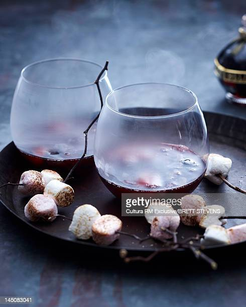 Mulled wine with roasted marshmallows