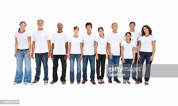 Multi ethnische Leute stehen in einer Reihe