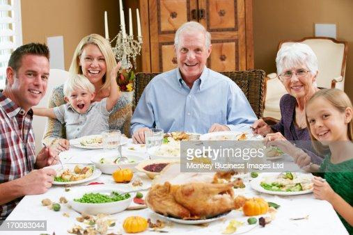 Multi Generation Family Celebrating Thanksgiving : Stock-Foto