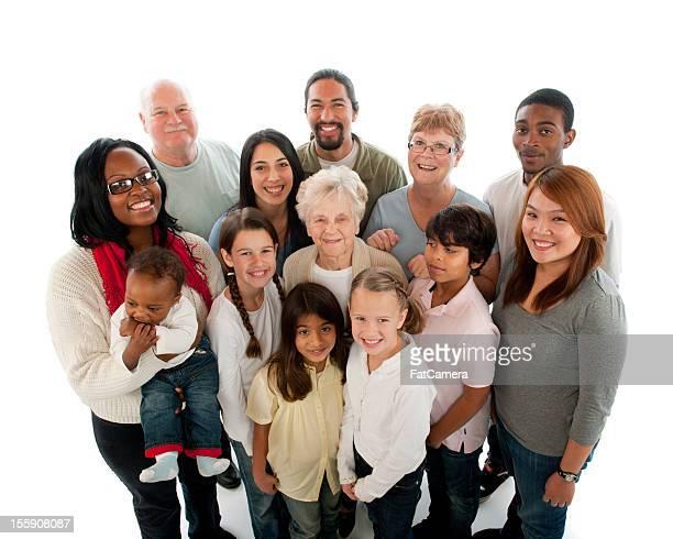 Multiethnique de plusieurs génération groupe de personnes