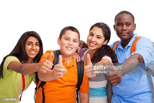 Adolescentes Multi-étnica fazendo os polegares para cima