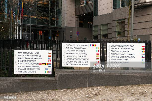 Multilingual signs for Eurpoean Parliament