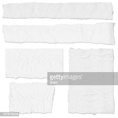複数の空白の新聞に涙ホワイト