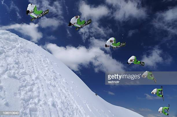 image Multiple de snowboard dans l'air