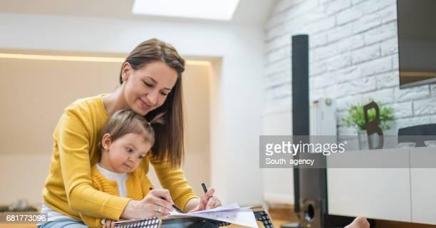 Mum and daughter drawing