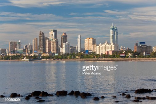Mumbai skyline along Marine Drive, Mumbai, India : Stockfoto