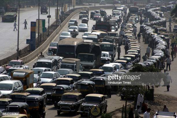 Mumbai Traffic Fuel Strike The queue for oil and CNG customers stretched for miles at the sole functioning petrol pump in BKC The queue that started...