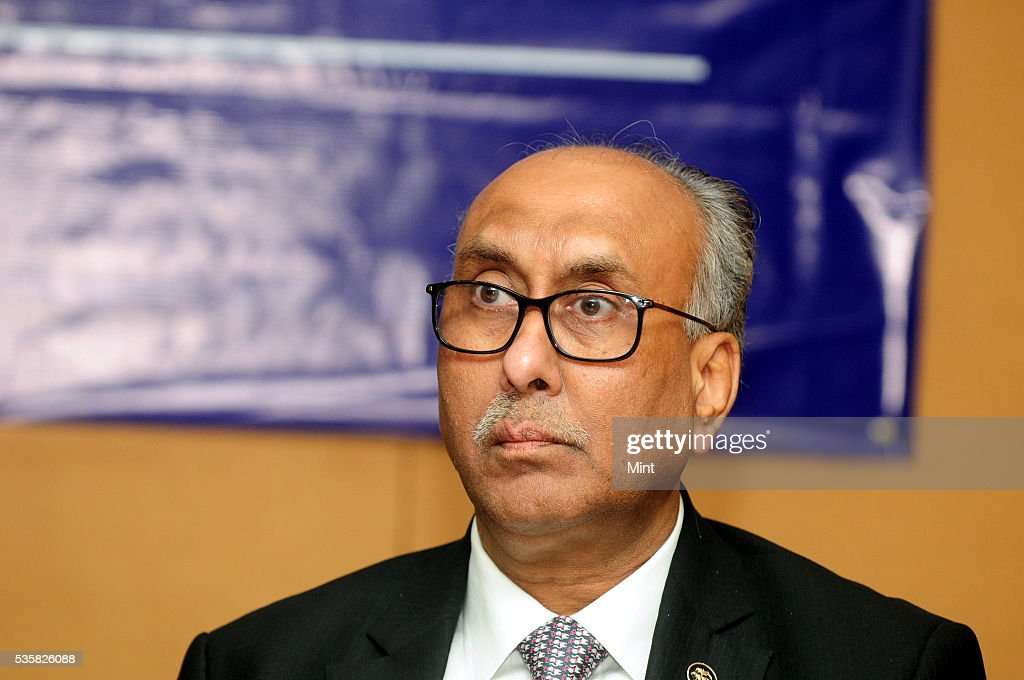 SS Mundra, Deputy Governor of Reserve Bank of India, at a press conference after board meet on December 11, 2015 in Kolkata, India.