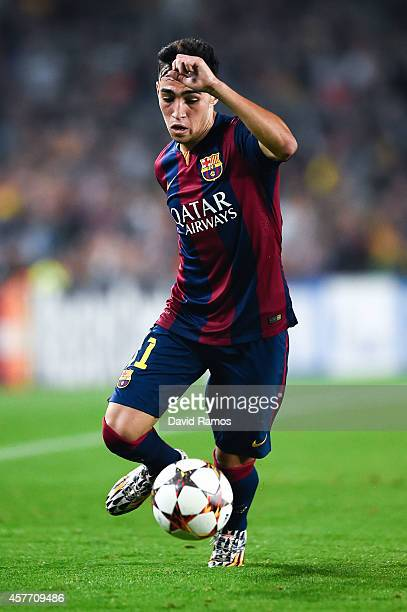 Munir El Haddadi of FC Barcelona runs with the ball during a UEFA Champions League Group F match between FC Barcelona and AFC Ajax at the Camp Nou...