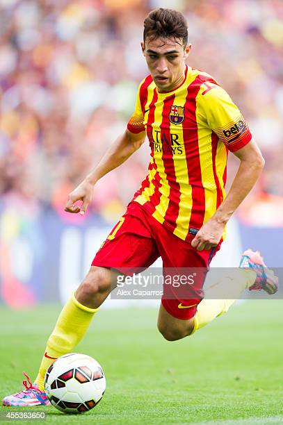 Munir El Haddadi of FC Barcelona runs with the ball during the La Liga match between FC Barcelona and Athletic Club at Camp Nou on September 13 2014...