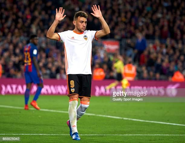 Munir El Haddadi of Valencia celebrates scoring his team's second goal during the La Liga match between FC Barcelona and Valencia CF at Camp Nou...