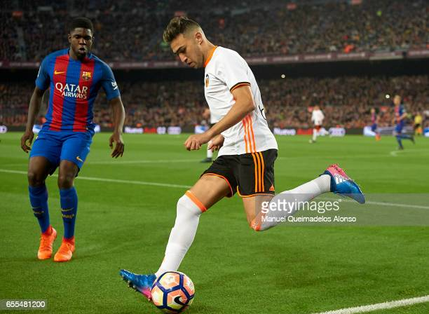 Munir El Haddadi of Valencia in action during the La Liga match between FC Barcelona and Valencia CF at Camp Nou Stadium on March 19 2017 in...