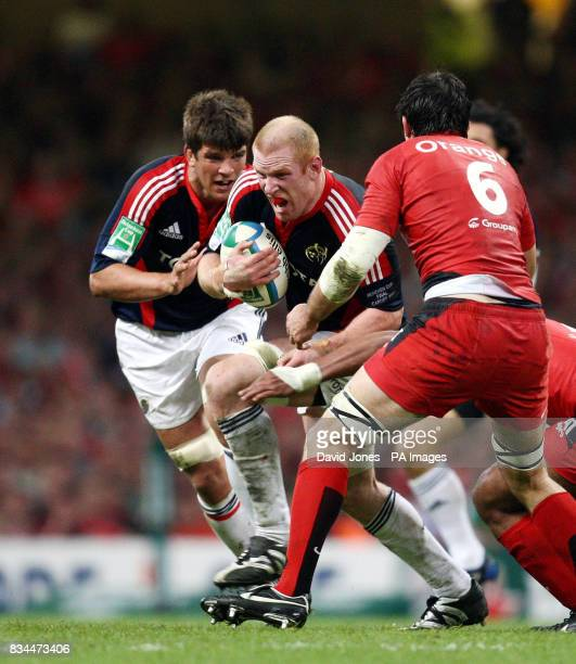Munster's Paul O'Connell attacks the Toulouse line during the Heineken Cup Final at the Millennium Stadium Cardiff