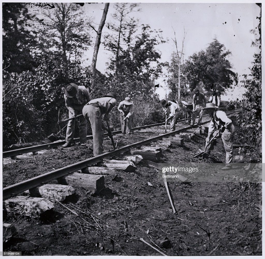 Men repairing railroad after the battle of the Stone's River