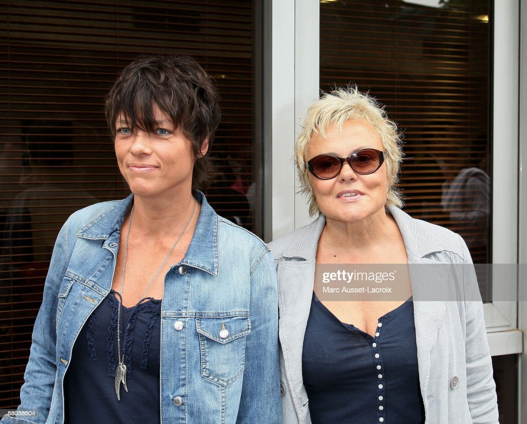 Muriel Robin (R) and and a guest arrive at 'Le Village' during the 2009 French Tennis Open at Roland Garros arena on May 28, 2009 in Paris, France.