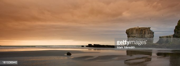 Muriwai Sundown : Stock Photo