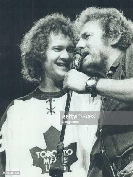 lightfoot hispanic singles List of gordon lightfoot songs, ranked from best to worst by the ranker community all of gordon lightfoot's singles are included here, but real fans know there are.