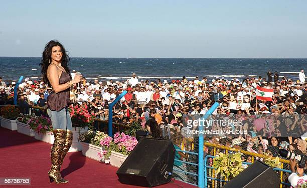 Lebanese pop star Haifa Wehbi performs during the monthlong Muscat Festival late 03 February 2006 in Muscat AFP PHOTO/MOHAMMED MAHJOUB