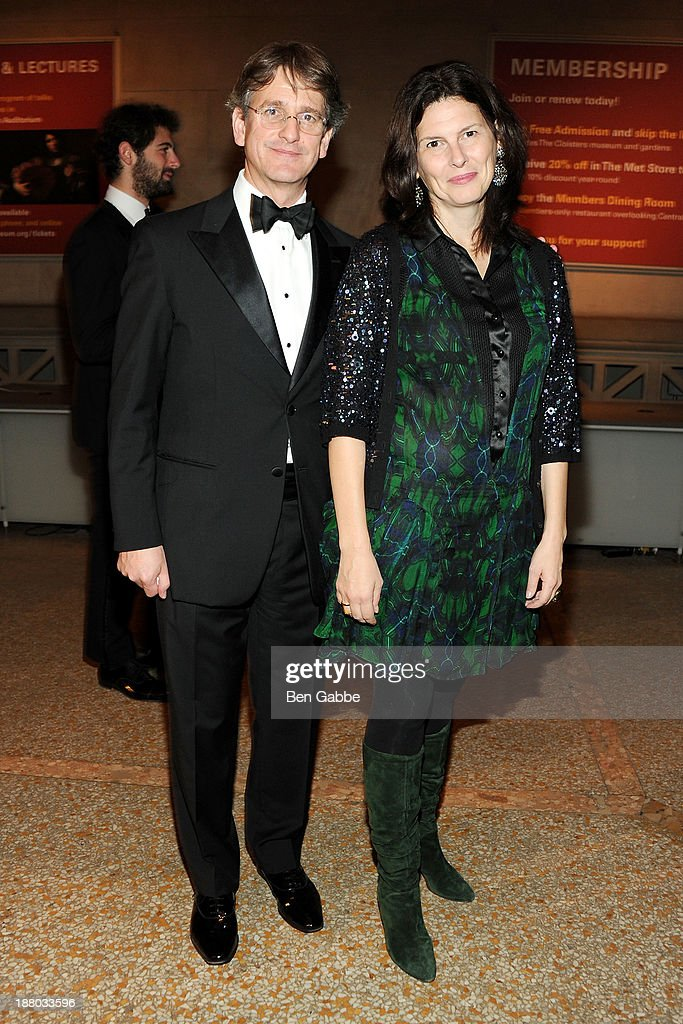 Museum director Tom Campbell (L) and wife Phoebe Campbell attend the 10th annual Apollo Circle benefit at Metropolitan Museum of Art on November 14, 2013 in New York City.