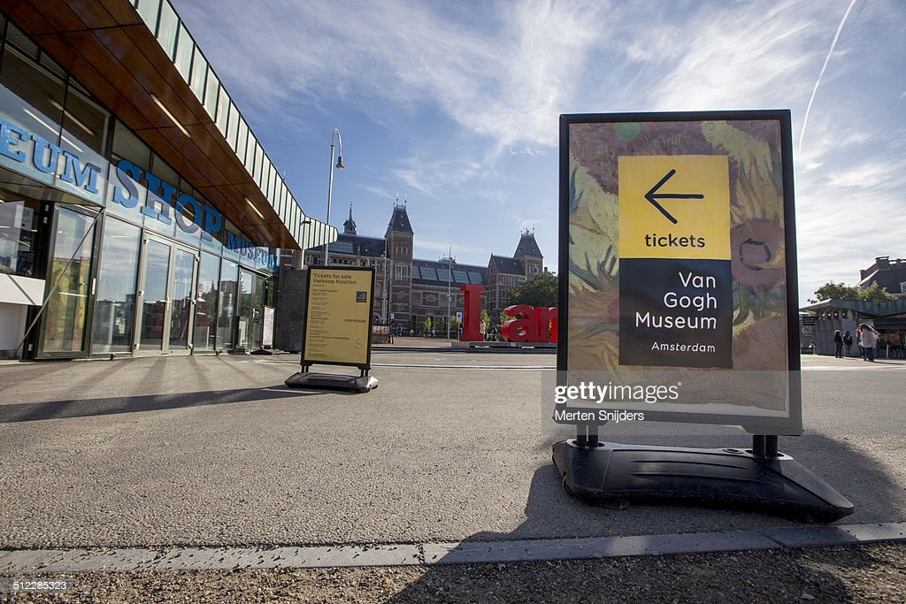 Museumshop and van Gogh ticket directions