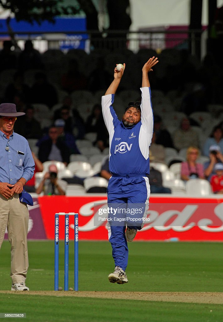 Mushtaq Ahmed bowling for Sussex during the Cheltenham Gloucester Trophy Final between Lancashire and Sussex at Lord's Cricket Ground London 26th...