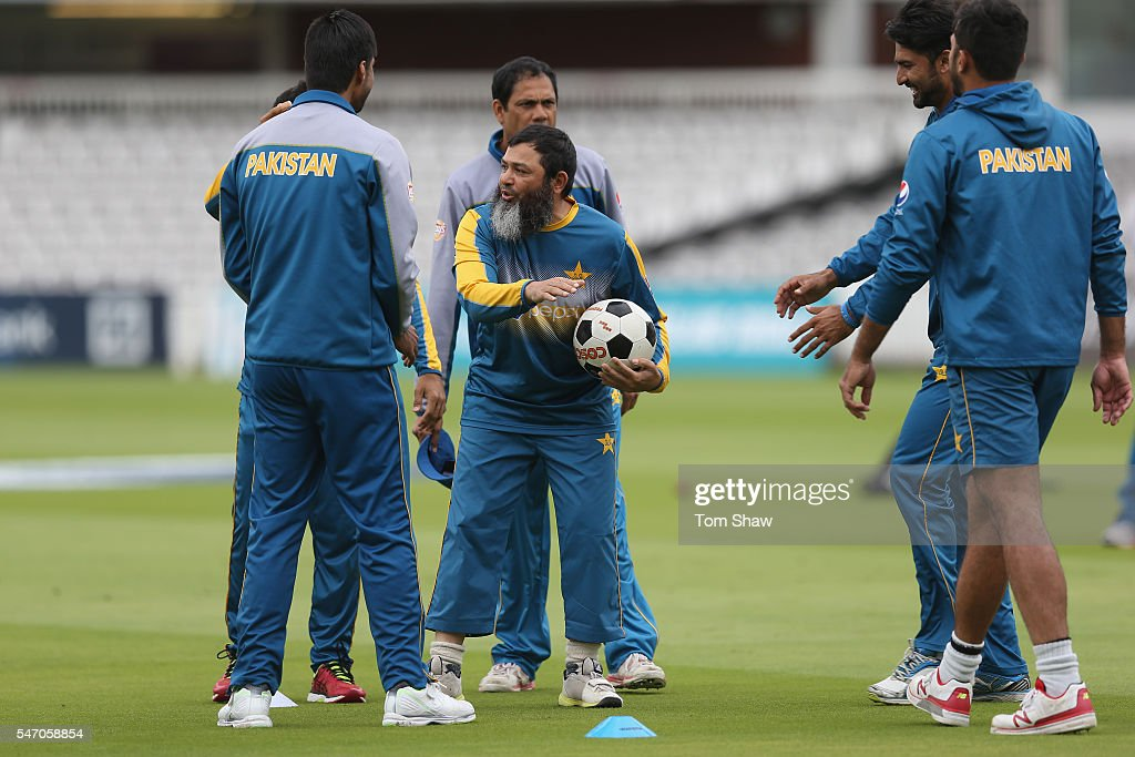 Mushtaq Ahmed of Pakistan conducts the football during the Pakistan nets session at Lord's Cricket Ground on July 13 2016 in London England