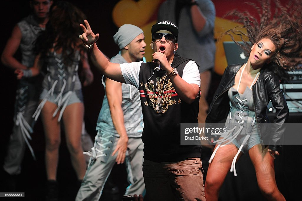 Music artist <a gi-track='captionPersonalityLinkClicked' href=/galleries/search?phrase=Daddy+Yankee&family=editorial&specificpeople=211185 ng-click='$event.stopPropagation()'>Daddy Yankee</a> attends the Tres3 Upfront on May 15, 2013 in New York City.