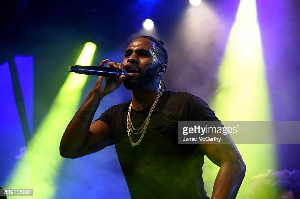 Music artist Jason Derulo performs onstage during the 7th Annual amfAR Inspiration Gala at Skylight at Moynihan Station on June 9 2016 in New York...