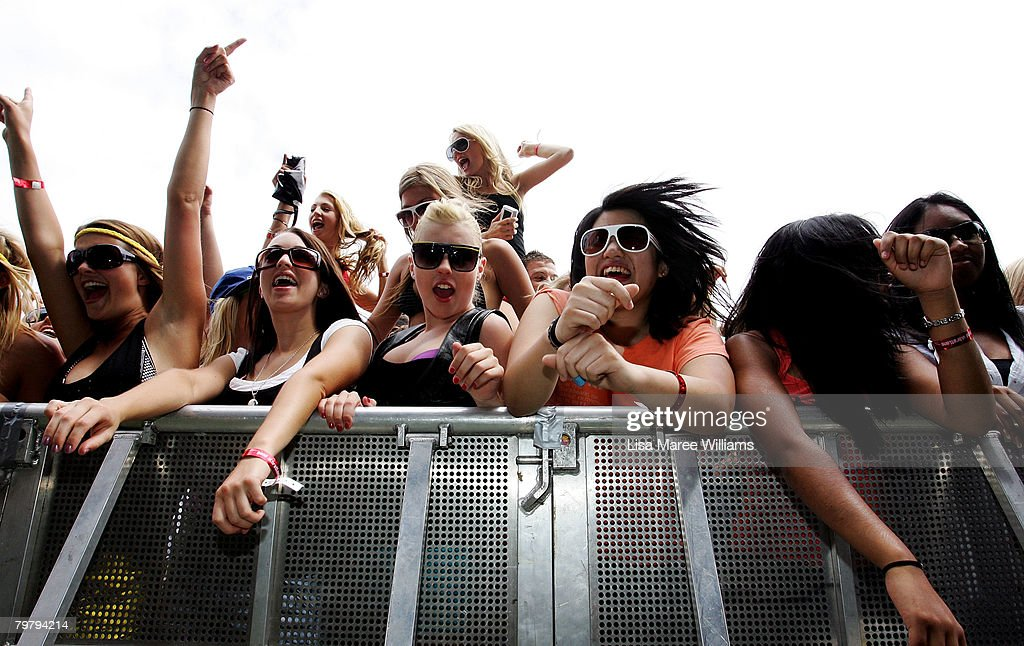 Music fans cheer behind the barrier in front of the stage during the Good Vibrations Festival in Centennial Park on February 16, 2008 in Sydney, Australia.