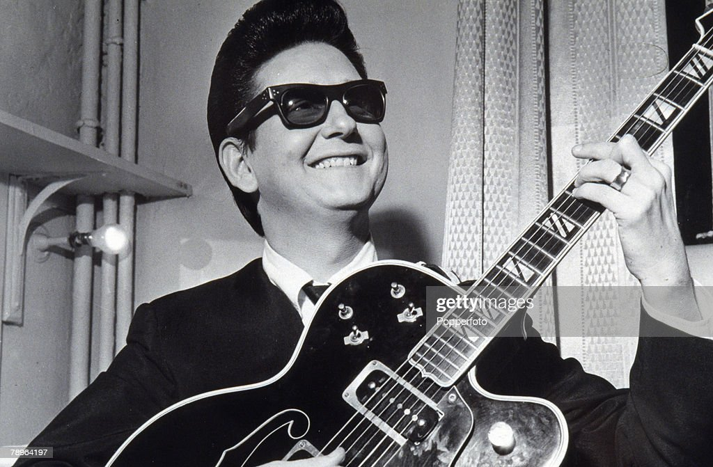 1964, Manchester, American singing star <a gi-track='captionPersonalityLinkClicked' href=/galleries/search?phrase=Roy+Orbison&family=editorial&specificpeople=913944 ng-click='$event.stopPropagation()'>Roy Orbison</a> in his famous dark glasses