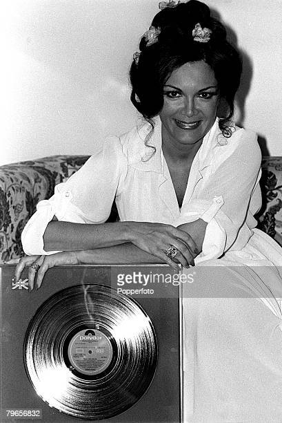 2nd May 1978 American singer Connie Francis pictured in London after receiving a Gold Disc for her album '20 All Tme Greats'