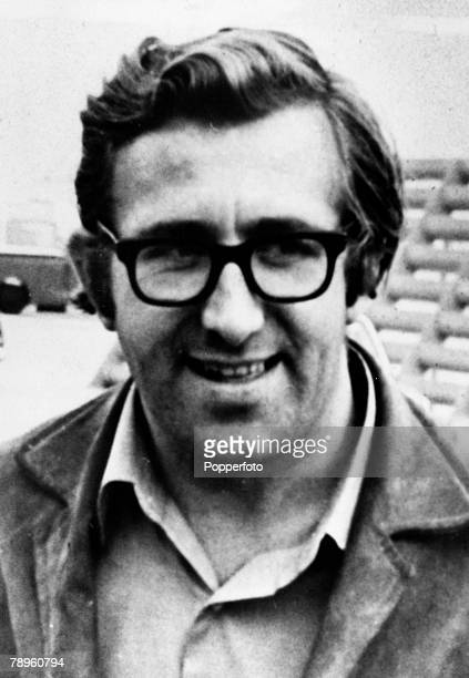 circa 1966 Malcolm 'Mal' Evans the Beatles road manager from 1963 until the famous group split up who was killed in an incident with police in Los...