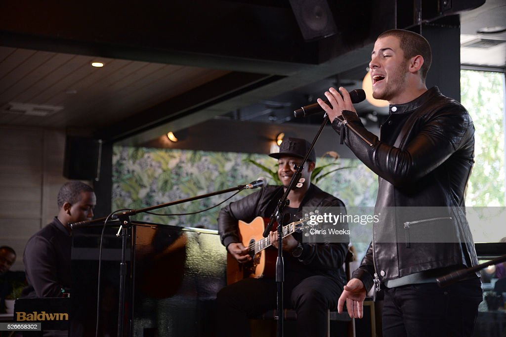 Music recording artist Nick Jonas performs at Nick Jonas X Creative Recreation Sole Sessions at Doheny Roomon April 30, 2016 in West Hollywood, California.