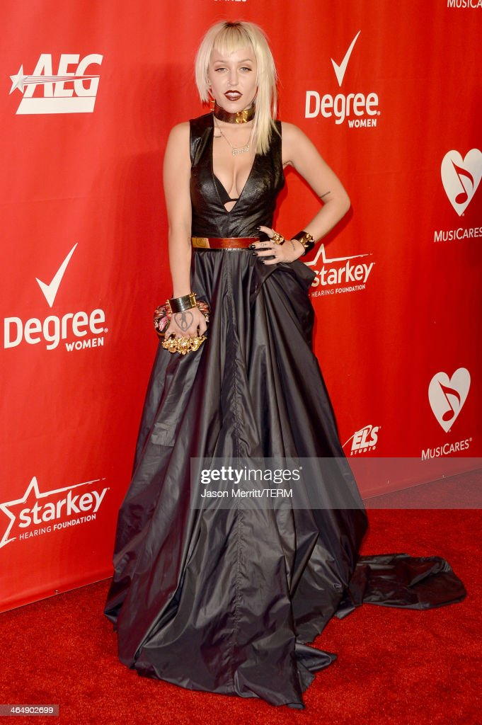 Musical artist <a gi-track='captionPersonalityLinkClicked' href=/galleries/search?phrase=Brooke+Candy&family=editorial&specificpeople=10485800 ng-click='$event.stopPropagation()'>Brooke Candy</a> attends The 2014 MusiCares Person Of The Year Gala Honoring Carole King at Los Angeles Convention Center on January 24, 2014 in Los Angeles, California.