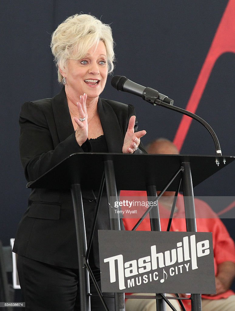Musical Artist <a gi-track='captionPersonalityLinkClicked' href=/galleries/search?phrase=Connie+Smith&family=editorial&specificpeople=4305189 ng-click='$event.stopPropagation()'>Connie Smith</a> speaks during the 2016 Music City Walk Of Fame Induction Ceremony at Walk of Fame Park on May 26, 2016 in Nashville, Tennessee.