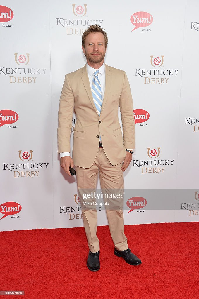Musical artist <a gi-track='captionPersonalityLinkClicked' href=/galleries/search?phrase=Dierks+Bentley&family=editorial&specificpeople=243007 ng-click='$event.stopPropagation()'>Dierks Bentley</a> attends 140th Kentucky Derby at Churchill Downs on May 3, 2014 in Louisville, Kentucky.
