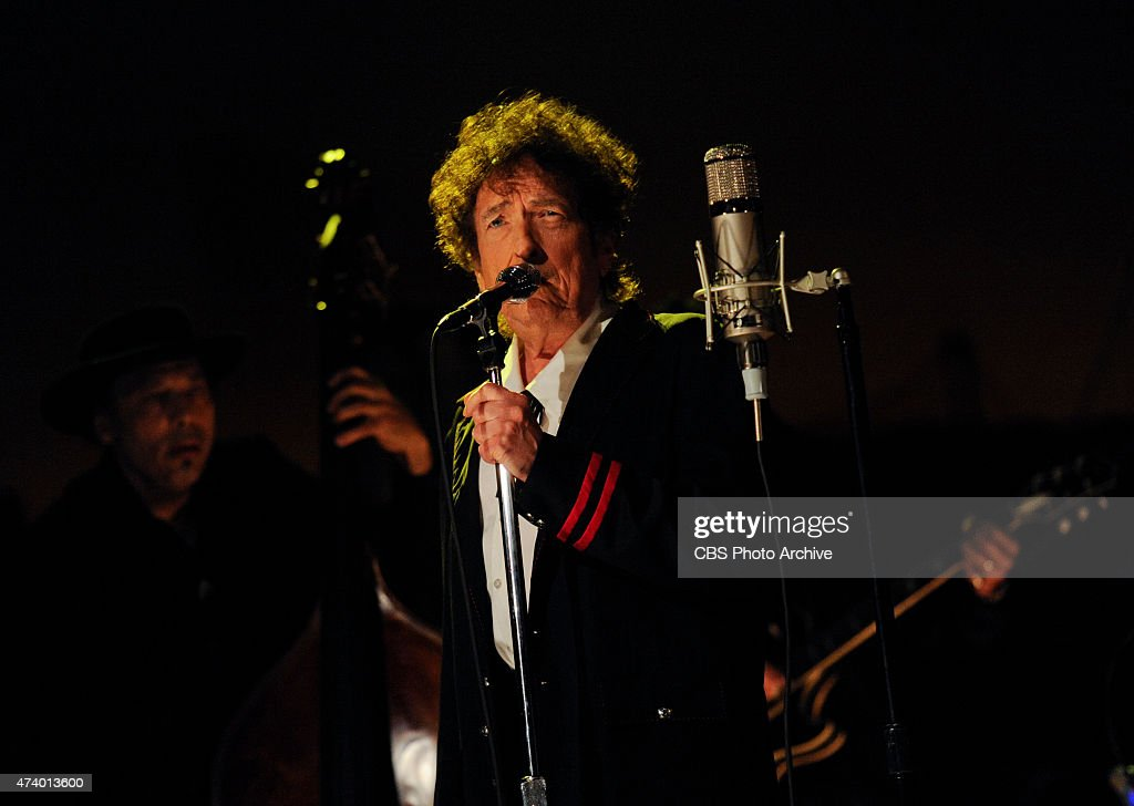 Musical guest <a gi-track='captionPersonalityLinkClicked' href=/galleries/search?phrase=Bob+Dylan&family=editorial&specificpeople=203289 ng-click='$event.stopPropagation()'>Bob Dylan</a> performs on the Late Show with David Letterman, Tuesday May 19, 2015 on the CBS Television Network.